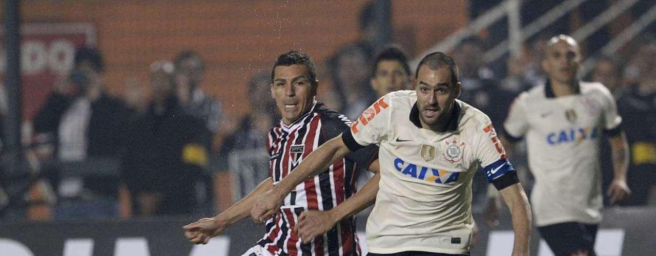 De quebra, Danilo ainda consolidou sua fama de carrasco do São Paulo