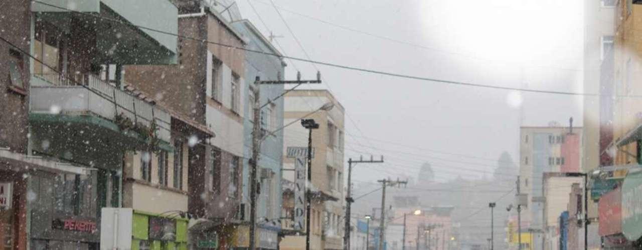 22 de julho - Frio e neve marcam a segunda-feira emSão Joaquim, Santa Catarina
