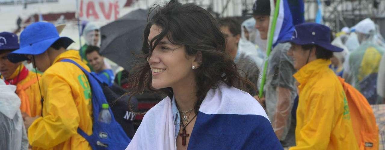 23 de julho -Bandeiras de diversos países foram levadas às areias de Copacabana nesta terça-feira