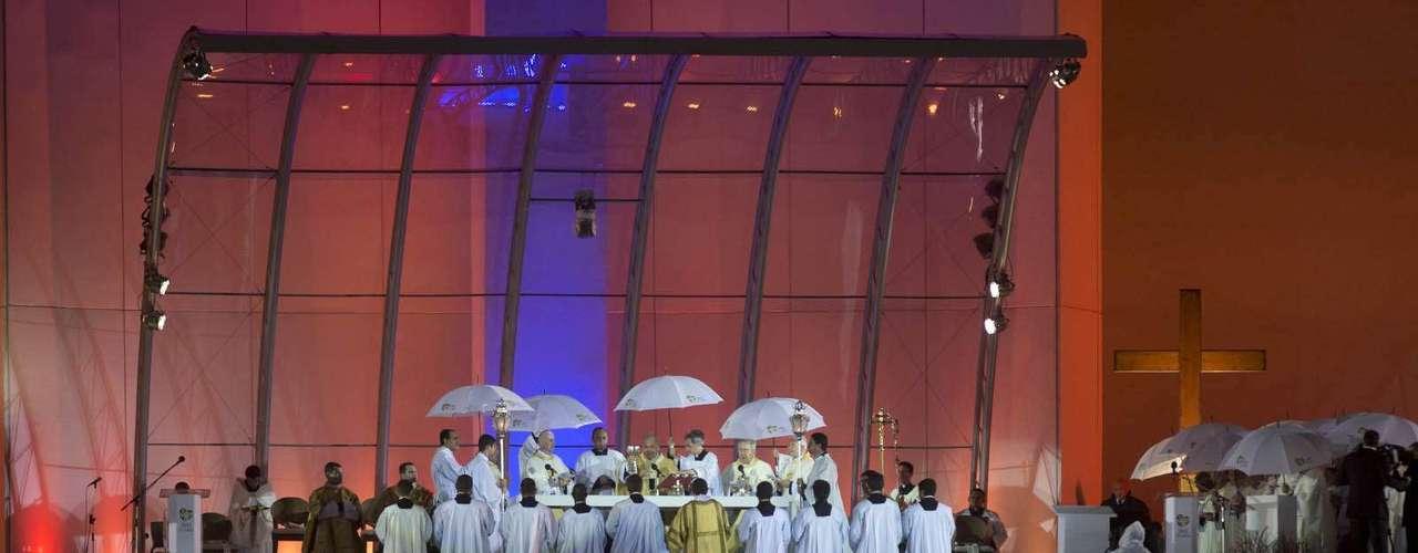 23 de julho -Religiosos celebram missa de abertura da Jornada Mundial da Juventude