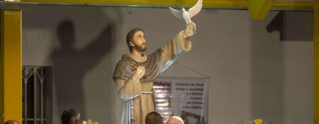 24 de julho -  O papa Francisco inaugurou o polo de atendimento a dependentes químicos no Hospital São Francisco, na Tijuca