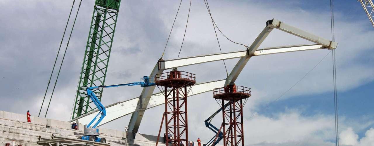 16 de julho de 2013: o prazo para o encerramento das obras termina em dezembro