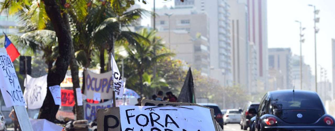 2 de agosto - Motoristas buzinam em apoio ao protesto