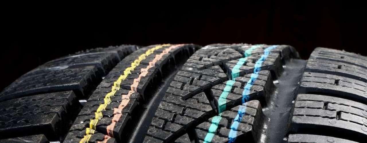 Fique atento ao desgaste do pneu e na hora da troca, execute a mudança com um pneu de medidas compatíveis ao original