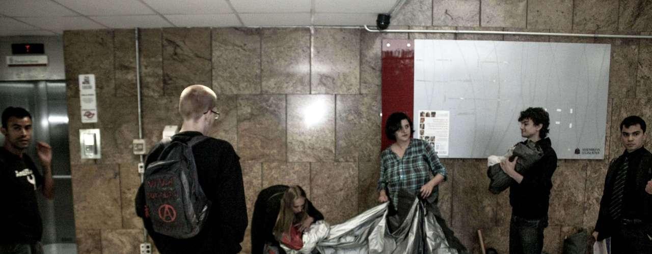 12 de agosto - Um grupo de manifestantes tentou ocupar, no início da noite desta segunda-feira, a Assembleia Legislativa do Estado de São Paulo (Alesp)