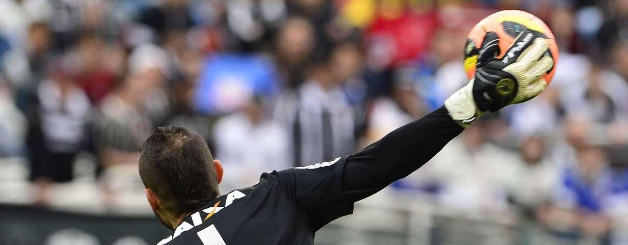Contra o Corinthians Vanderlei teve bastante trabalho, mas não conseguiu ser herói até o fim