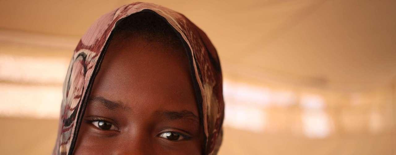 Afrah Abdullah, 11 anos, sonha em voltar para sua casa com sua família para poder procurar pelos brinquedos que ela deixou pra trás quando ela e   sua família fugiu para a Jordânia