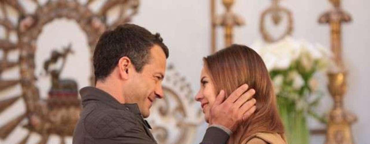 Depois de resgatar Paulinha, Bruno vai pedir Paloma em casamento em Cusco, no Peru. Feliz, a médica aceita