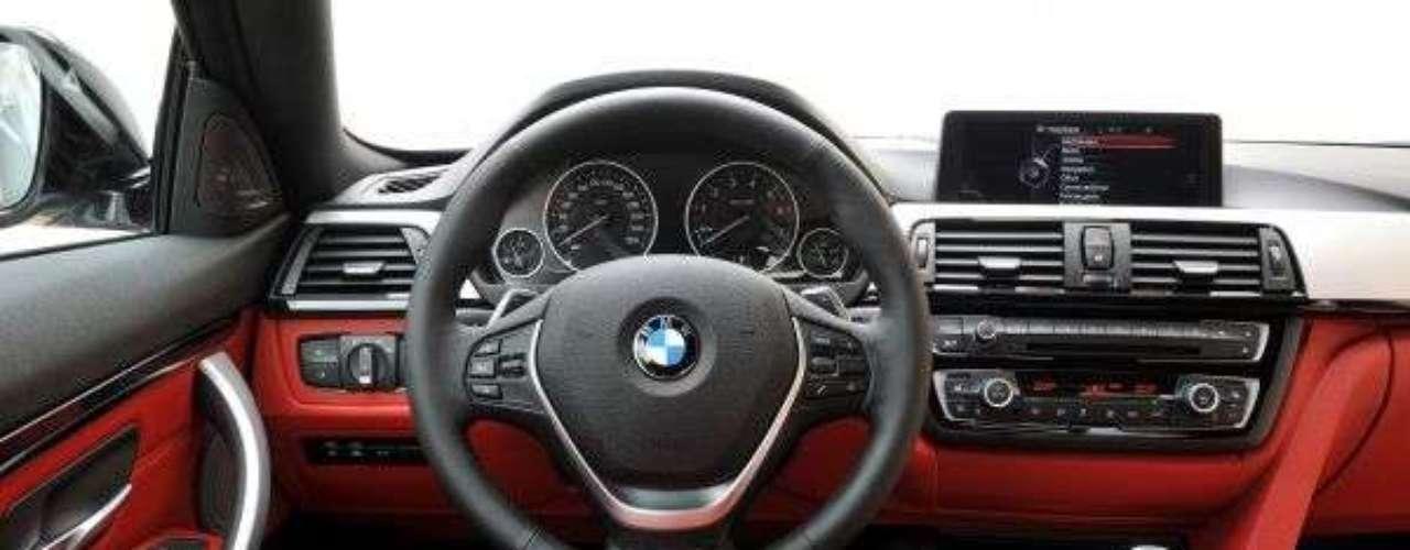 Nova BMW Série 4