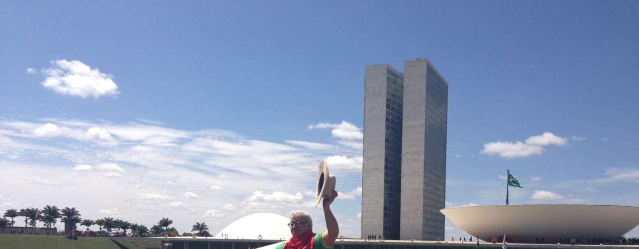 Brasília - Na capital Federal dois bois foram levados ao local de protesto