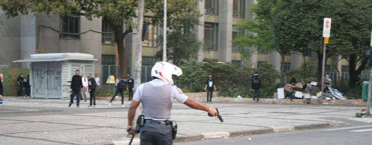 São Paulo -Estilhaço do disparo feito pelo policial atingiu o fotógrafo da agência Futura Press Tércio Teixeira