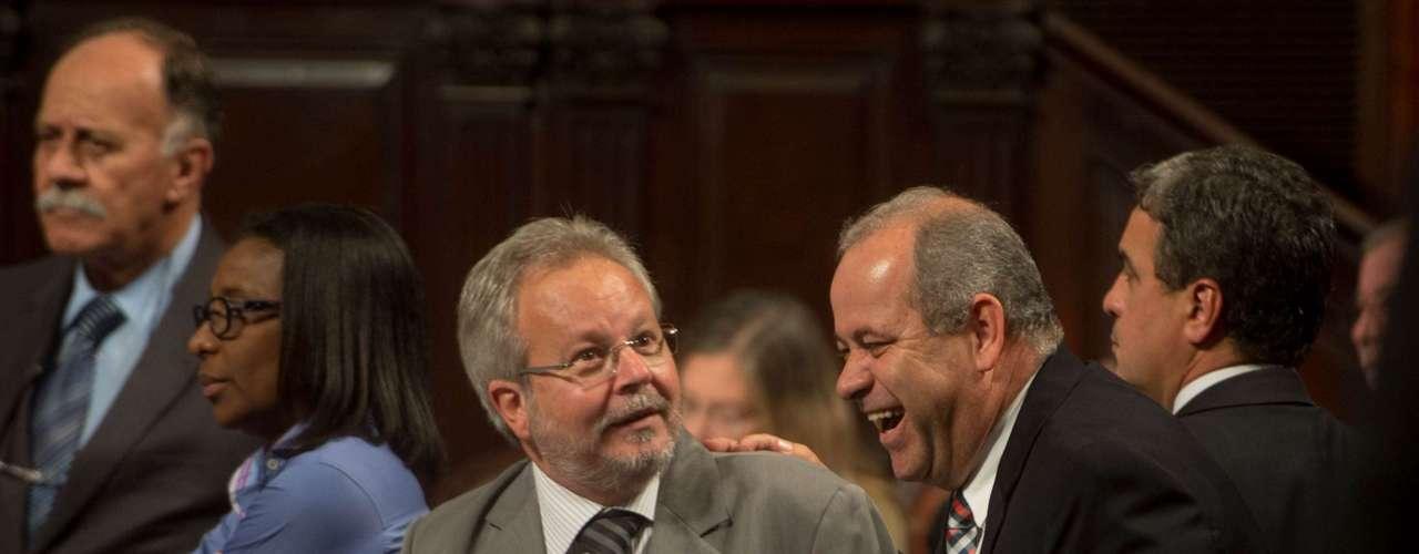 10 de setembro - Um dos autores do projeto que proíbe o uso de máscaras, o deputado Domingos Brazão (PMDB) discursa na Alerj
