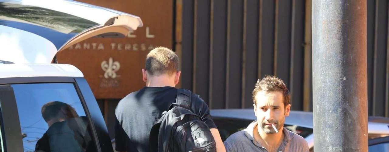 Kate Hudson e Matthew Bellamy, vocalista da banda Muse, chegaram ao Rio de Janeiro, nesta sexta-feira (13)