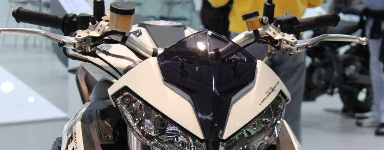 Benelli TNT 1130 R