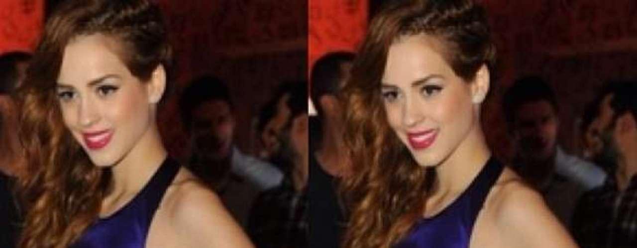 Sophia Abrahão postou, no dia 16 de outubro, uma foto usando um vestido criado por ela mesma. \