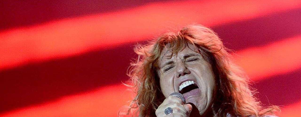 Dona de sucessos como Is This Love, do álbum Whitesnake (1987), e Love aint no Stranger, de Slide It In (1984), a banda Whitesnake se apresentou no segundo e último dia do Monsters of Rock
