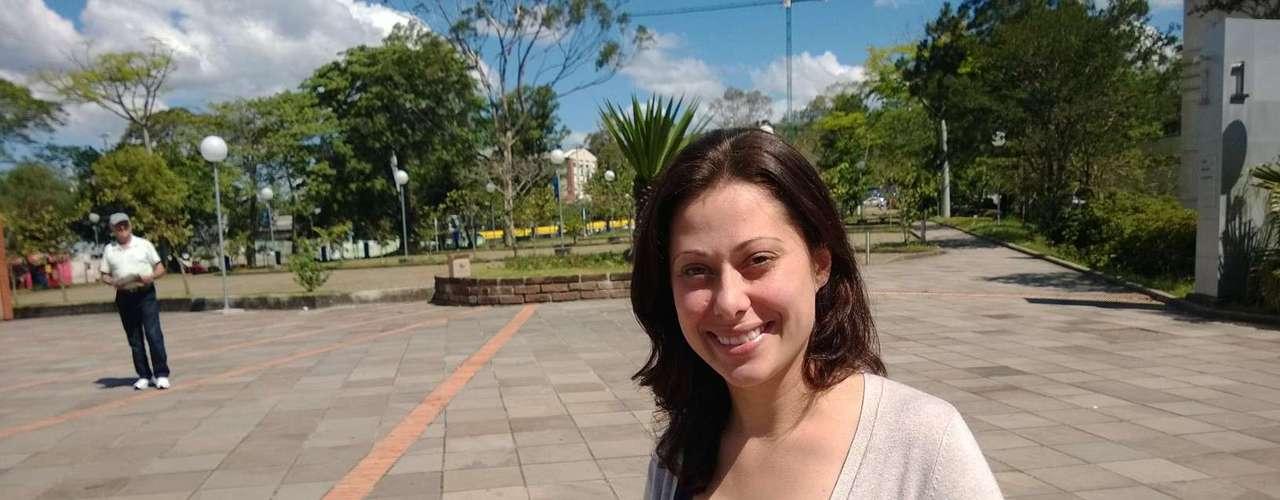 Porto Alegre - Camila Sartori admite que chutou nas provas de matemática