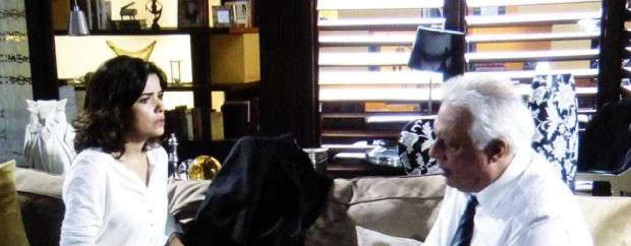 Ao descobrir que Atílio recusou o suborno, Aline diz a César: oferece mais dinheiro, talvez você tenha oferecido pouco. O médico, então, explica que o ex-colega quer vingança e que Félix provavelmente terá as provas que precisa para acabar com sua reputação. Diante disso, a morena vai ainda mais longe e envenena o marido contra o filho. O Félix nunca foi boa coisa. Alguma ele aprontou. Se não foi agora, foi no passado. Você tem que destruir o Félix antes de ele destruir você!, dispara