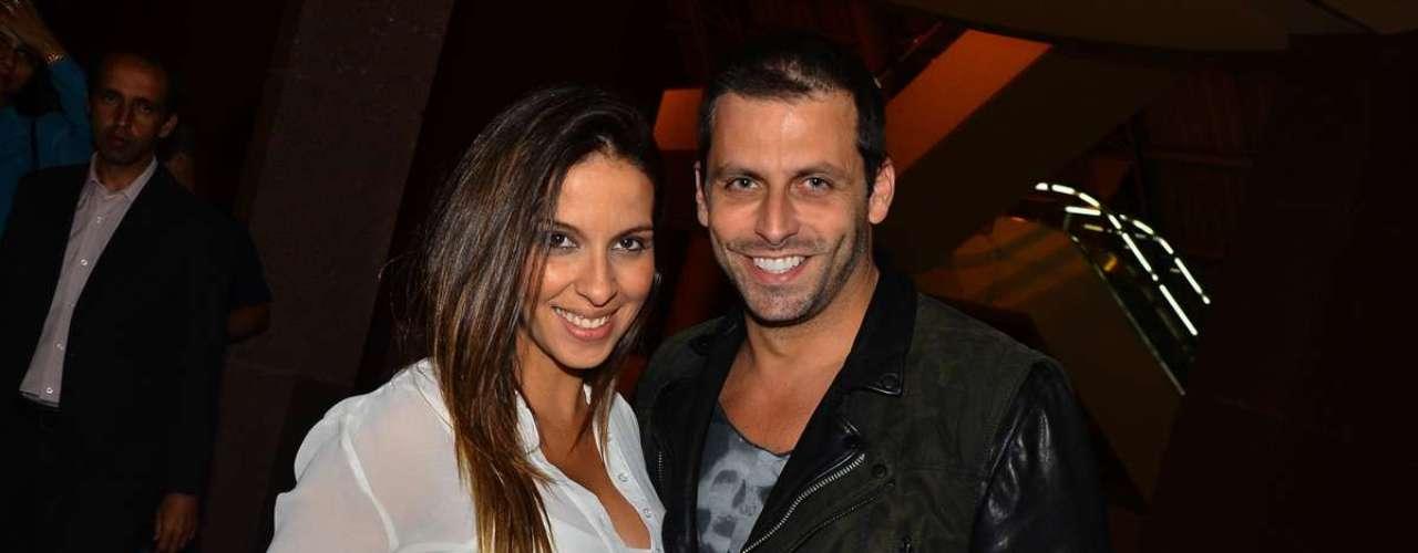 Zezé Di Camargo & Luciano fizeram o primeiro show da mini-turnê no Credicard Hall, em São Paulo. Na foto, Juliana Despírito e Henri Castelli
