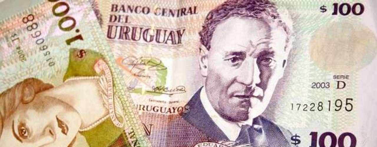 Últimos a se classificarem para o mundial do ano que vem, os uruguaios utilizam o peso como moeda. Um dólar compra 20,85 pesos