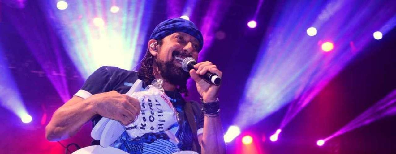 Bell Marques agitou o público durante o último show do Chiclete com Banana em São Paulo
