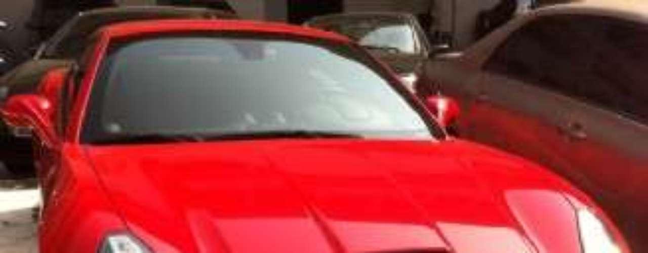 Apenas um dos quatro carros pertencentes ao traficante espanhol Oliver Ortiz de Zarate Martin, 35 anos, preso no final de junho deste ano no Rio de Janeiro, foi arrematado no leilão