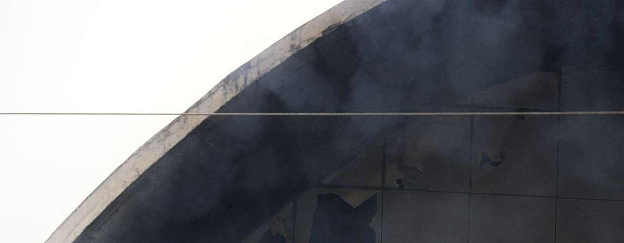 De acordo com a assessoria de imprensa do Memorial da América Latina, o fogo foi causado por um curto-circuito do Auditório Simón Bolívar