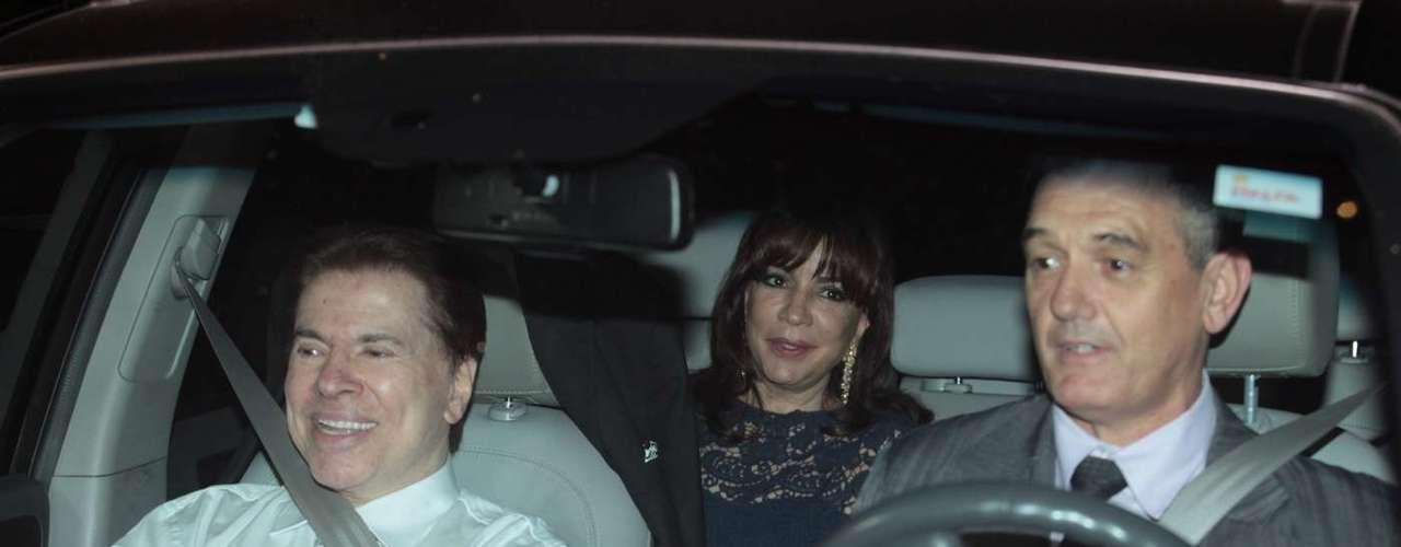 Silvia Abravanel , filha de Silvio Santos, se casou na noite dessa sexta-feira (6), em São Paulo, com o cantor sertanejo Edu, da dupla Téo & Edu.Na foto, Silvio Santos e a mulher íris
