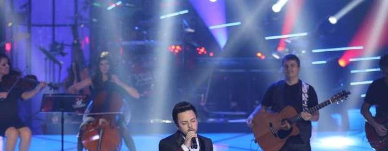 Rubens Daniel foi escolhido com 45% dos votos ao cantar 'Loucas Horas', de Guilherme Arantes