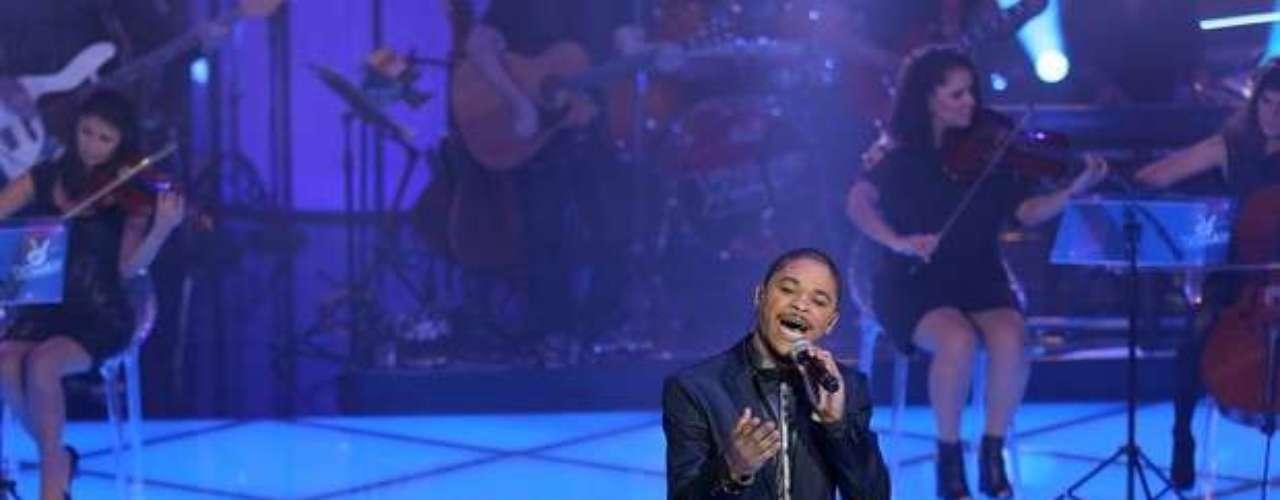 Pedro Lima emocionou Lulu Santos com 'Se Eu Não Te Amasse Tanto Assim', de Ivete Sangalo, e teve 39% dos voto do público