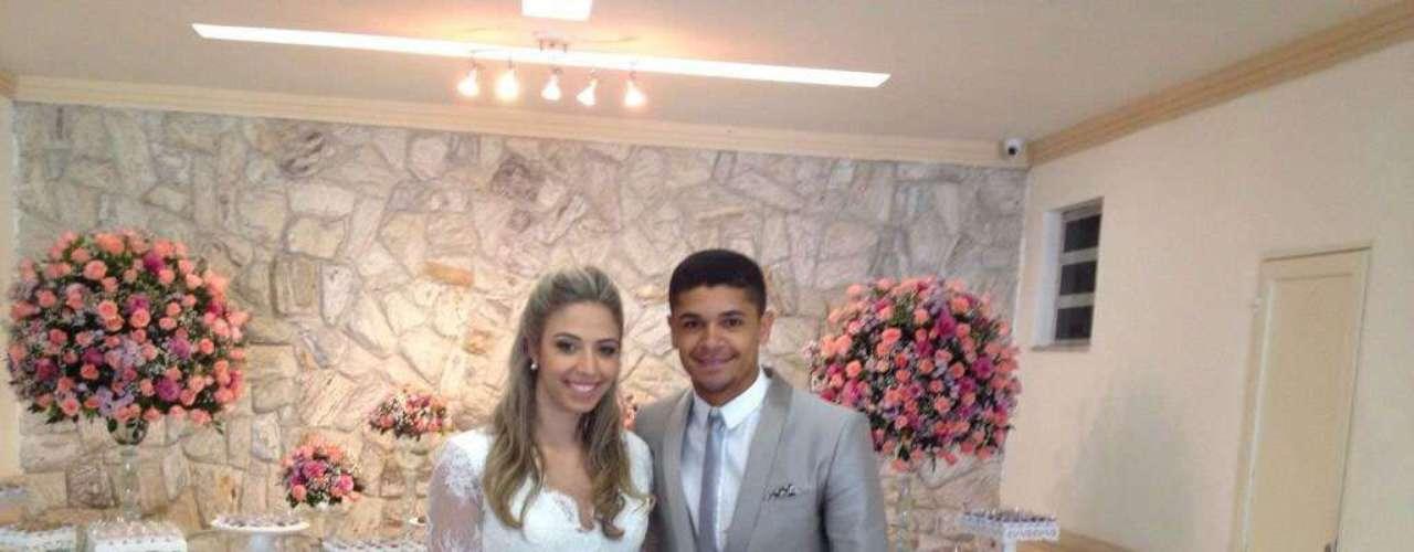 Denilson, do São Paulo, se casou durante as férias