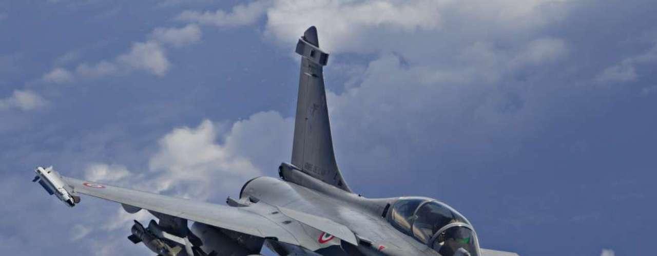 Rafale -Segundo a fabricante, caça francês tem 10,0 metros de envergadura