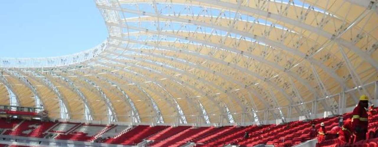 27 de dezembro: Beira-Rio acerta últimos detalhes da reforma para a Copa do Mundo de 2014