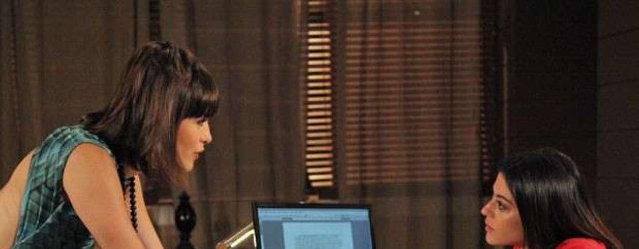 Patrícia conta para Silvia que foi pedida em casamento por Michel. A advogada garante que jamais se divorciará do médico e deixa Pat pasma