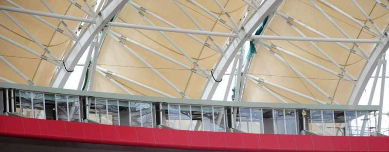 3 de janeiro de 2014: Beira-Rio já conta com camarotes instalados