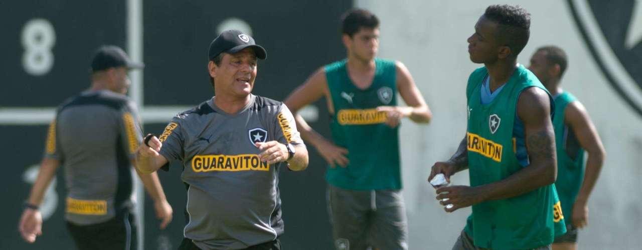 ''Se passarmos (pela pré-Libertadores), o ano é uma coisa; se não, é outra'', completou novo técnico alvinegro