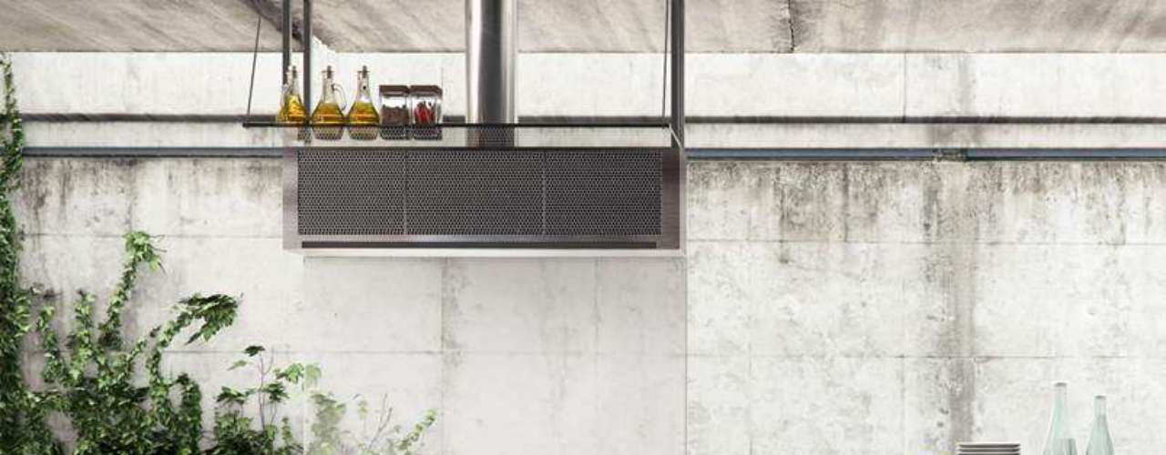 A Evviva Bertolini sugere a linha INO, com cozinhas planejadas com portas e tamponamentos de aço inox, o que confere estilo industrial à casa. Informações: (21) 3418-9250