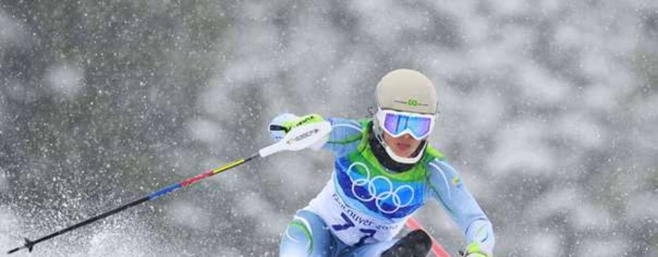 Maya Harrison (esqui alpino)  Outra atleta que vai para sua segunda Olimpíada de Inverno, Maya disputará o slalom gigante (dia 18) e o slalom especial (dia 21). Recuperada de uma lesão no joelho, ela disputou duas edições do Mundial da modalidade, em 2009 e 2011. Foi a 48ª colocada do slalom especial em Vancouver (2010).