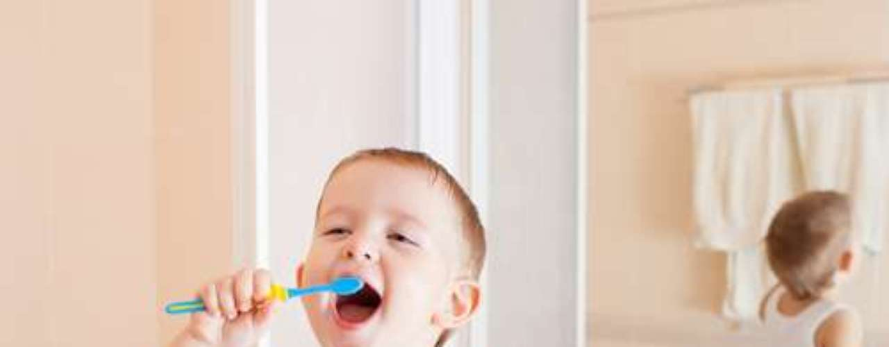 Encontrar um personagem para cada problema, ajuda a criança a entender a importância de uma boa escovação