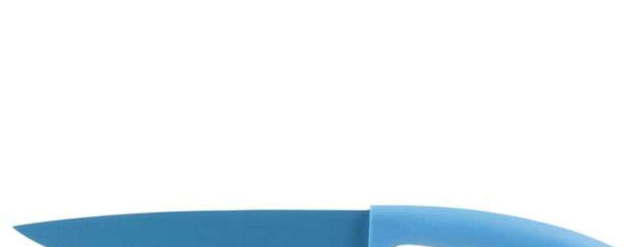 Faca multiuso com revestimento antiaderente da Tok&Stok. Preço: R$ 29,90(consultado no mês de janeiro em São Paulo, sujeito a alterações).Informações:0800-7010161