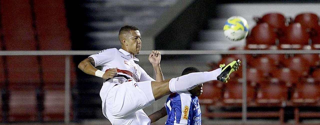 São Paulo fez atuação segura para conseguir goleada