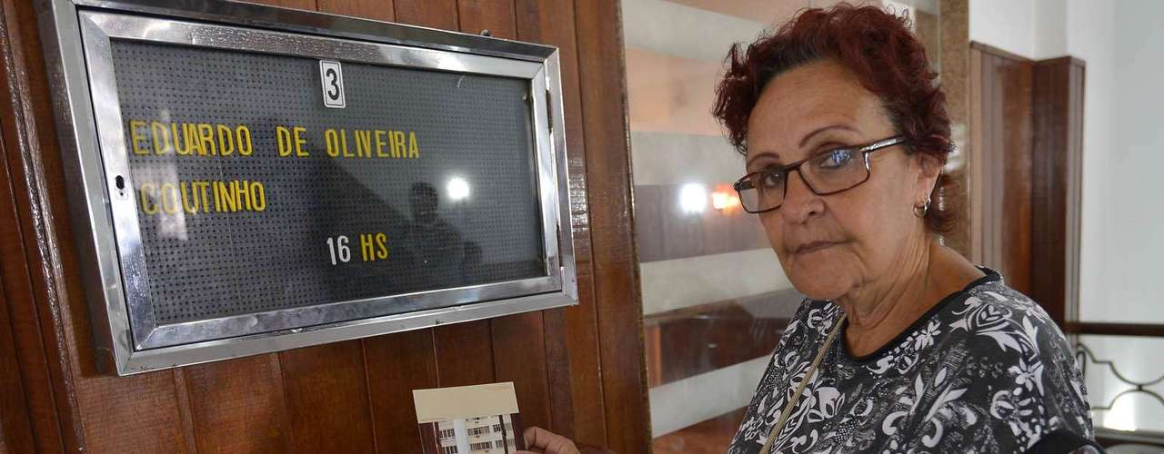 Vera Lucia Maciel Savelle, que participou do documentário Edifício Master, foi se despedir do cineasta Eduardo Coutinho