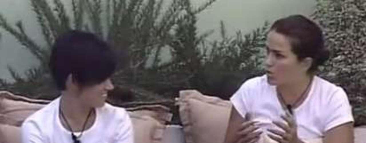 Na 11ª edição do Gran Hermano da Espanha, em 2009, Laura e Ángela viveram uma polêmica. As duas eram casadas antes de ingressarem no programa. Dentro da casa, elas fingiam que não se conheciam, mas o segredo acabou sendo descoberto pelos outros participantes
