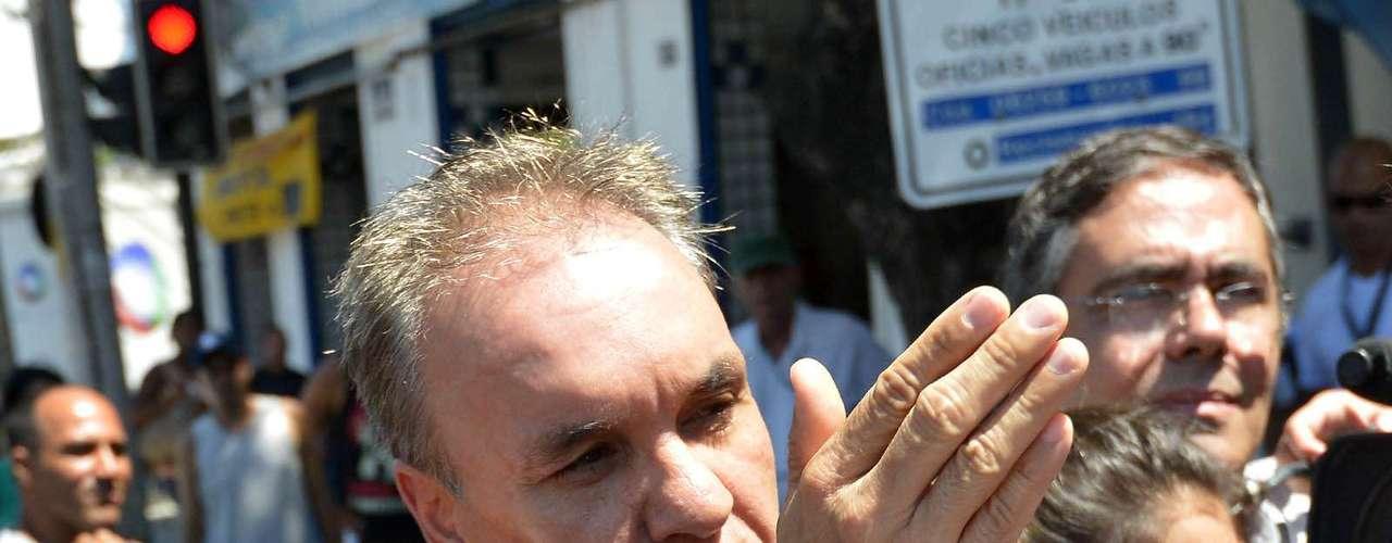 10 de fevereiro -Advogado diz ter informado a polícia sobre nome de suspeito pela morte de cinegrafista