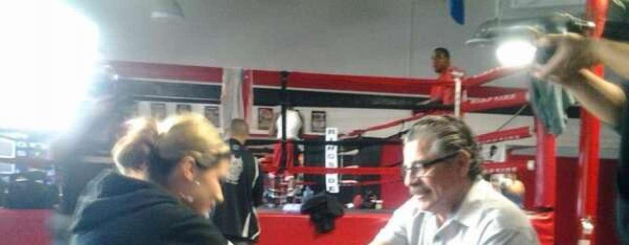 Swayze já era conhecida no mundo do MMA e costuma acompanhar Jacob Duran, um dos mais antigos cutmans do mundo