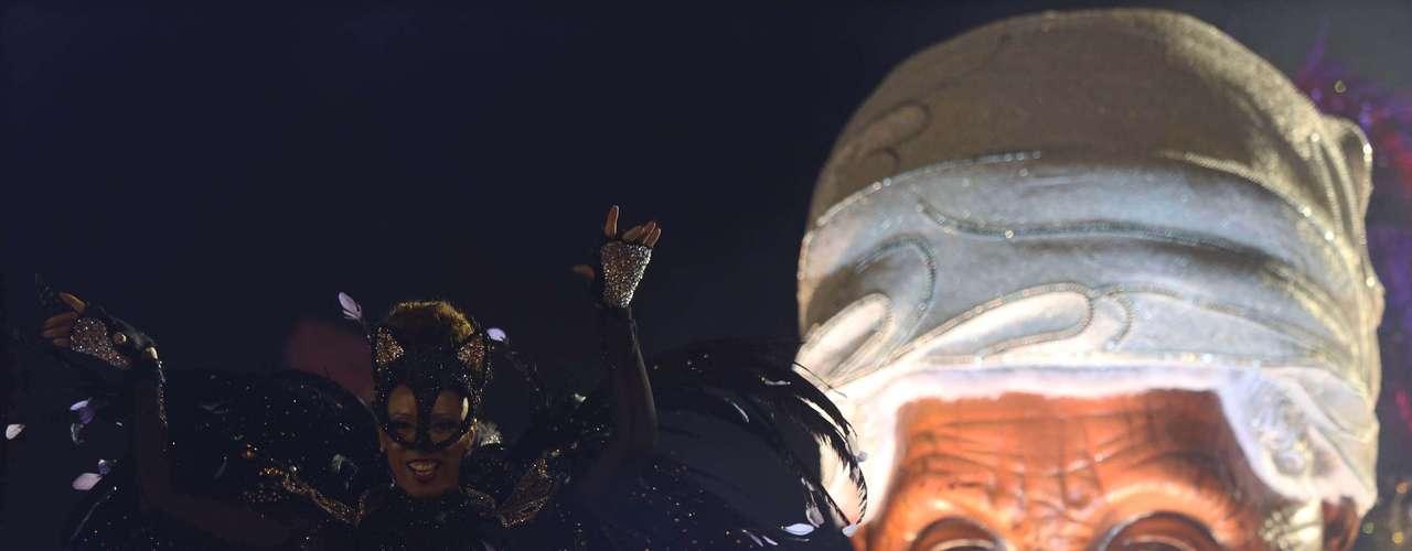 Depois de conquistar os dois últimos títulos do grupo especial, a Mocidade Alegre busca o tri no Carnaval de São Paulo