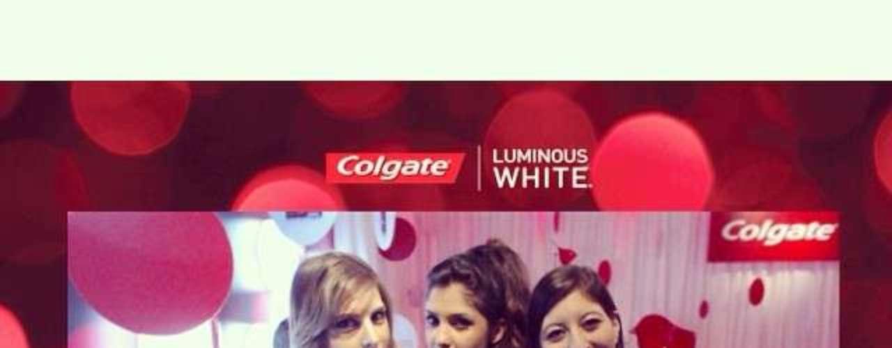 Página da Tip Top Modeles compartilhou a foto com o seguinte post: Nos três no Lounge da Colgate #lookluminous @talitavieira_ @jamilleks #spfw #spfwverao2015