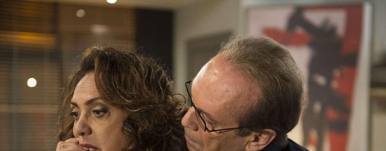 José Wilker morreu na manhã deste sábado (5), vítima de um infarto fulminante, em sua casa no Rio de Janeiro. Na foto, o ator em cena de 'Amor à Vida'