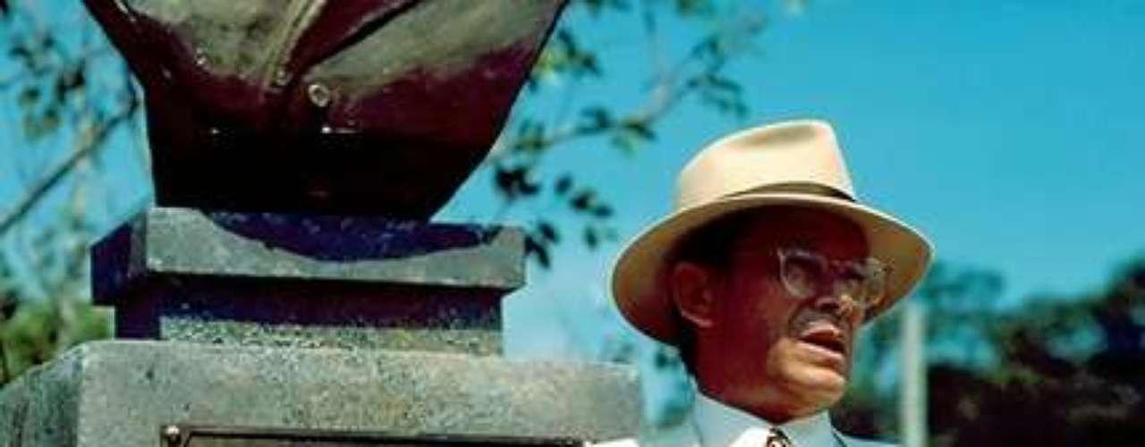 José Wilker morreu na manhã deste sábado (5), vítima de um infarto fulminante, em sua casa no Rio de Janeiro. Na foto, o ator em 'Fera Ferida', em 1993