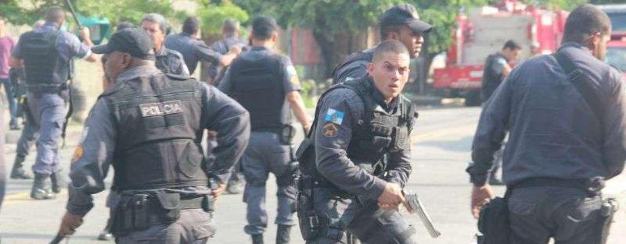 Cerca de 1,6 mil policiais militares participam a ação de reintegração de posse